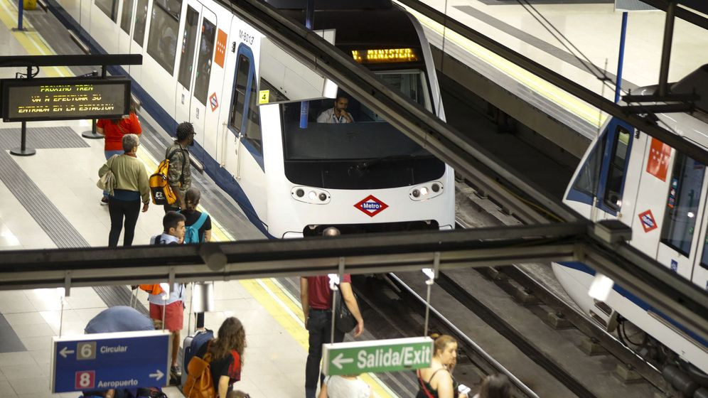 Foto: La Línea 5 de Metro de Madrid echa el cierre por obras. (EFE)