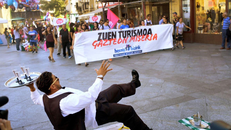 El País Vasco se abre a la tasa turística en plena campaña 'abertzale' de turismofobia