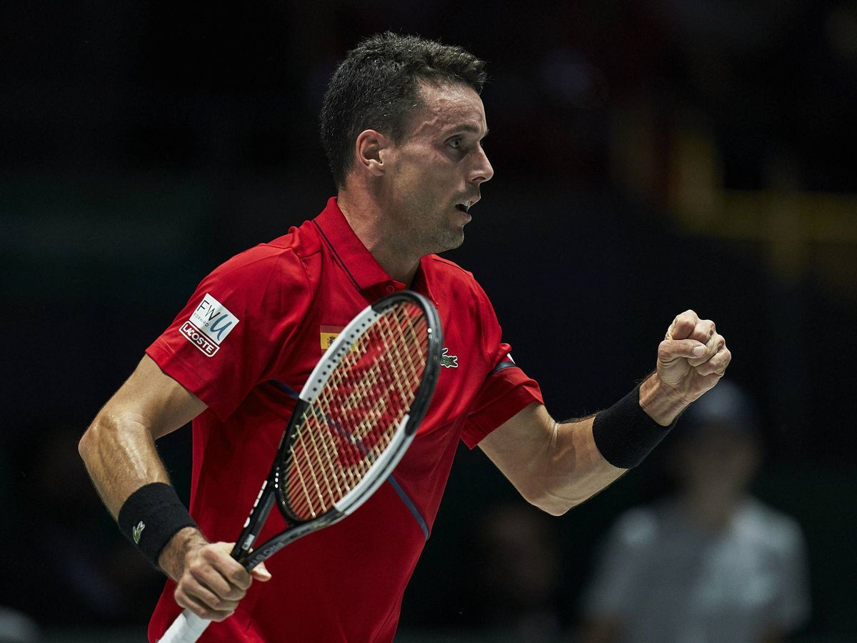 Foto: Roberto Bautista celebra un punto en esta Copa Davis ante Rusia. (Cordon Press)