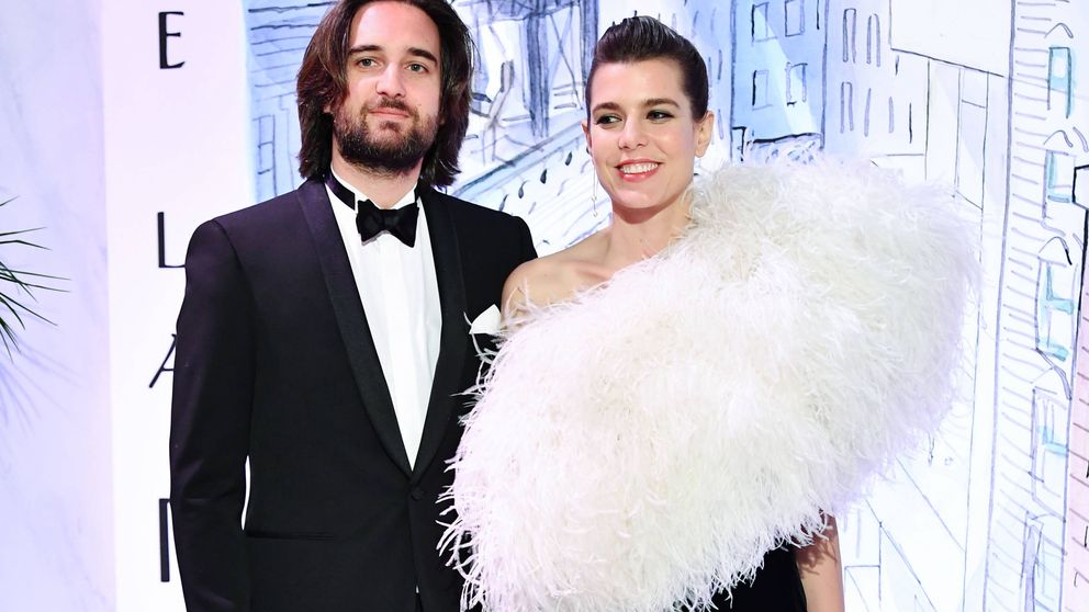 Carlota Casiraghi y Dimitri, ¡boda religiosa por sorpresa y en secreto!