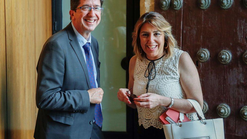 Foto: La líder de los socialistas andaluces, Susana Díaz, y el líder de Cs en Andalucía, Juan Marín. (EFE)
