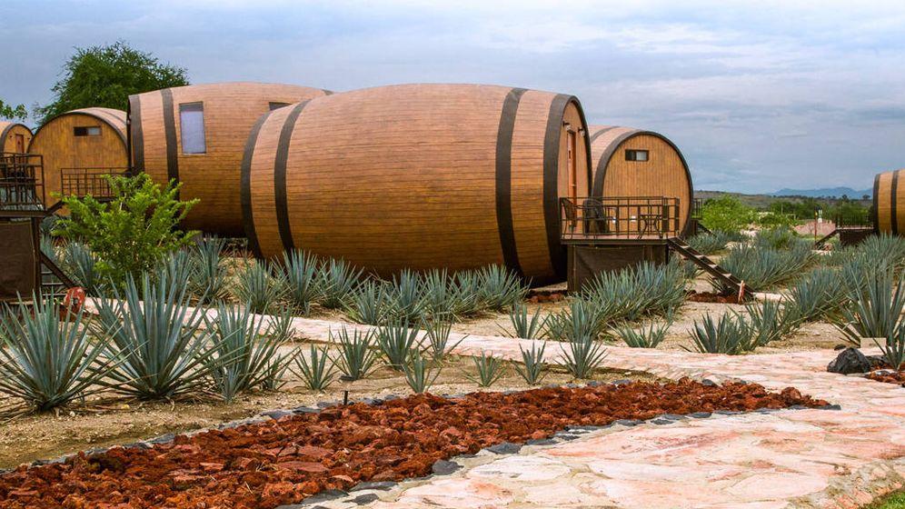 Foto: Los barriles gigantes que hacen de habitaciones en el Hotel Matices de Tequila (Foto: Facebook)
