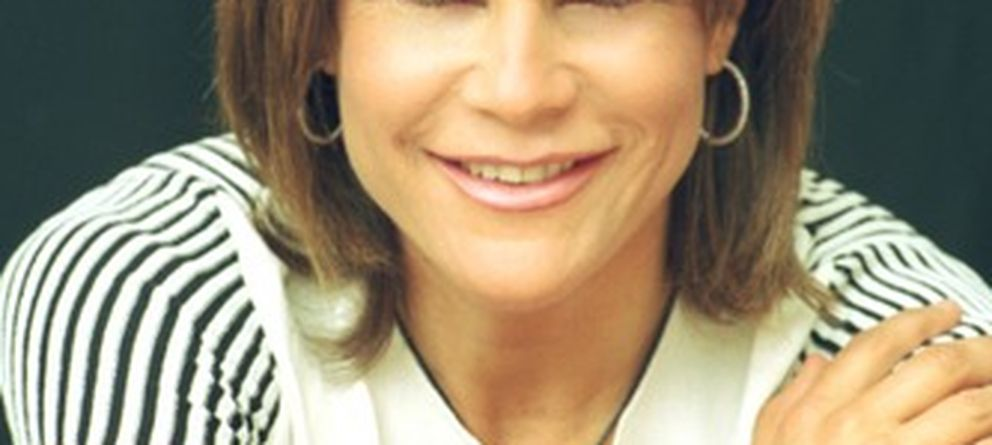 Muere una vocacional de la prensa rosa: la periodista cántabra Carmen Hornillos