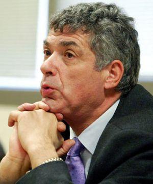 """Villar considera """"injusta"""" la situación de Laporta"""
