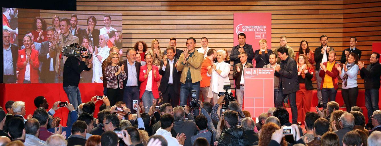 Foto: Pedro Sánchez, durante la clausura de la conferencia municipal organizada por el PSOE grancanario, este 19 de enero en Las Palmas. (EFE)