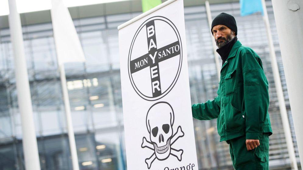 Foto: Protestas contra la fusión de Monsanto y Bayer (Imagen: Reuters)