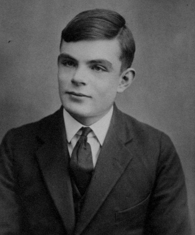 Foto: Retrato de Alan Turing, con 16 años. (Wikipedia)