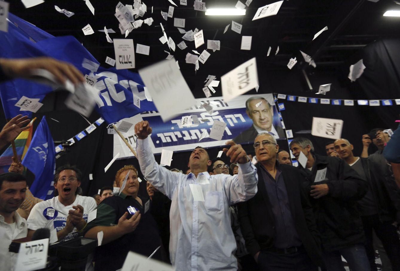 Foto: Simpatizantes del Likud reaccionan en Tel Aviv tras conocer los primeros resultados de las elecciones (Reuters).