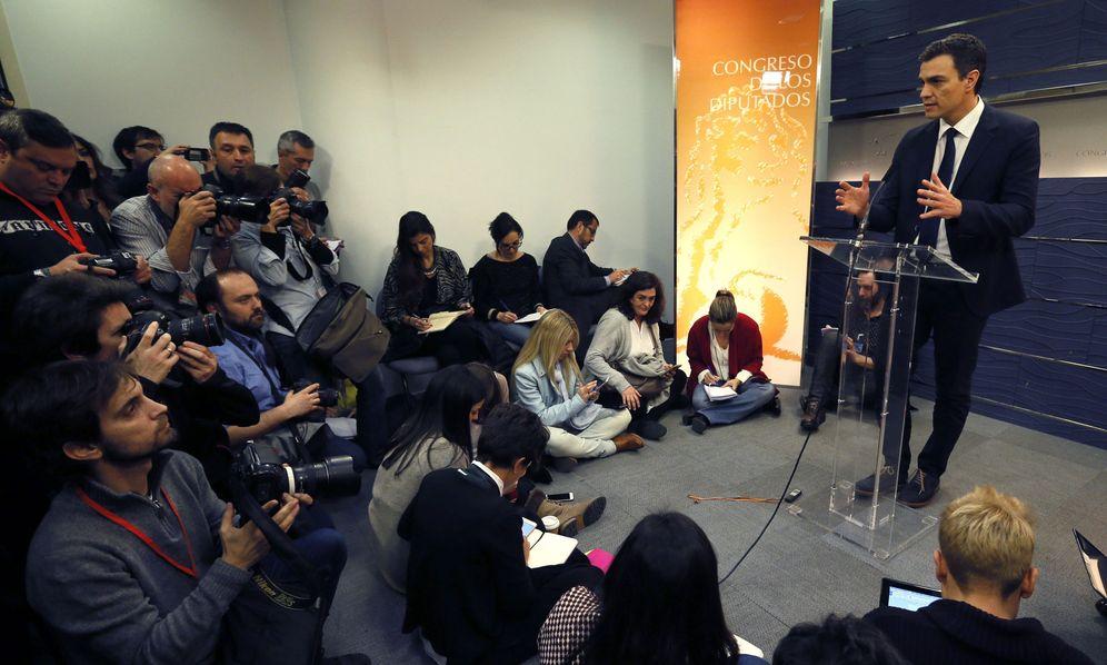 Foto: Pedro Sánchez, durante su breve comparecencia en el Congreso este 23 de febrero. (EFE)