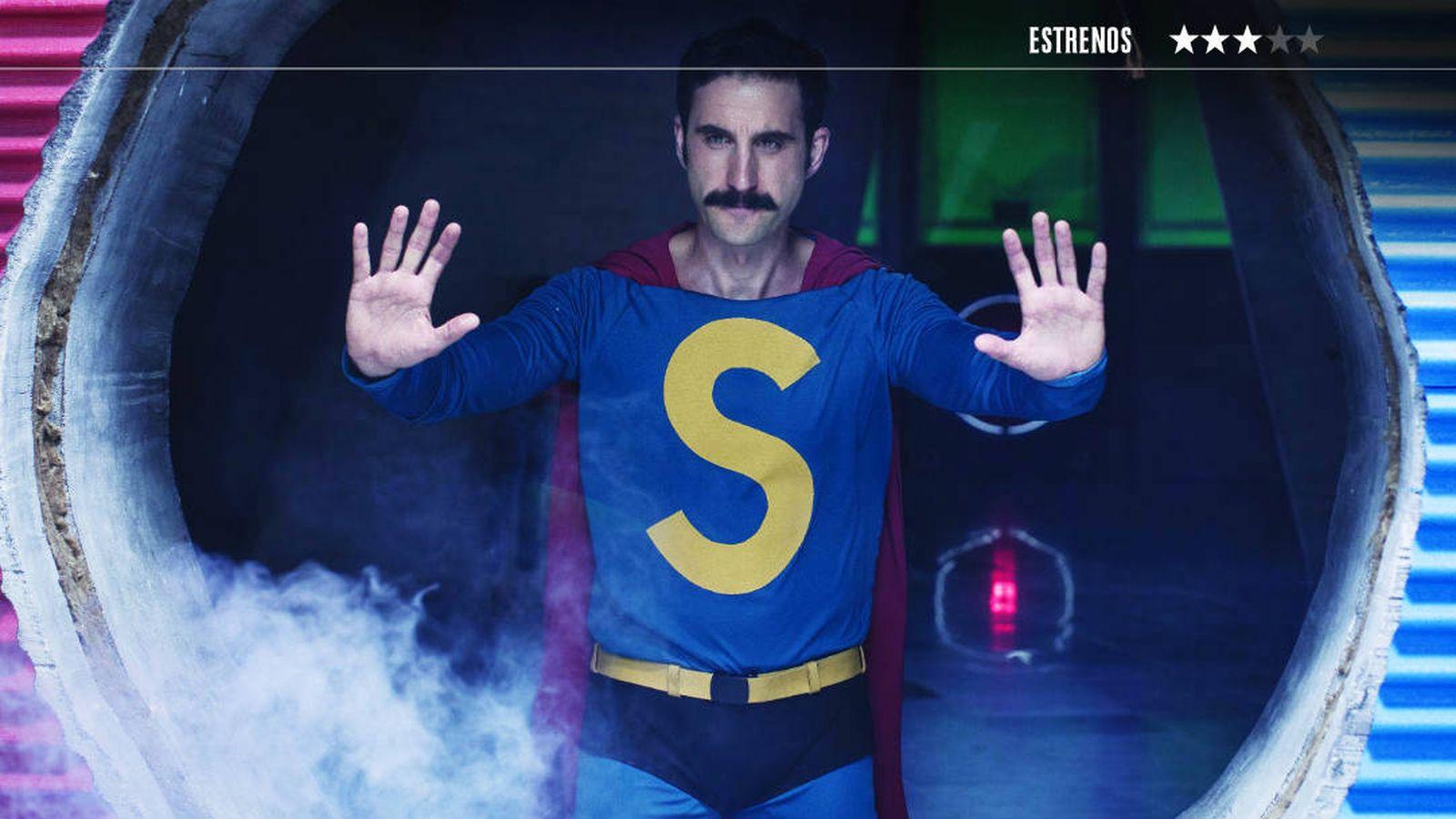 Foto: Dani Rovira es Superlópez en la película de Javier Ruiz Caldera. (Disney)