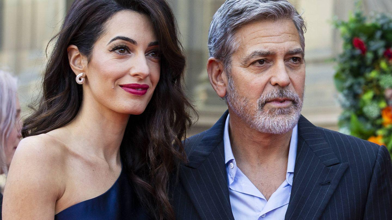 Los Clooney, en una visita a Edimburgo. (Getty)