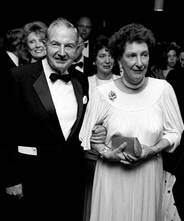 Foto: El matrimonio Rockefeller en 1970 en Nueva York. (Getty)
