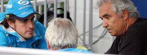 El jefe de equipo de Renault se despacha con Alonso y Briatore