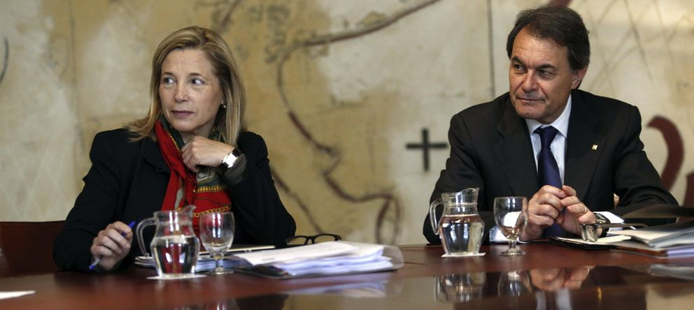 Foto: El presidente de la Generalitat, Artur Mas, y la vicepresidenta Joana Ortega. (EFE)
