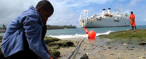 Foto: Informe de un secuestro: el extraño caso del cable de fibra óptica en Cuba
