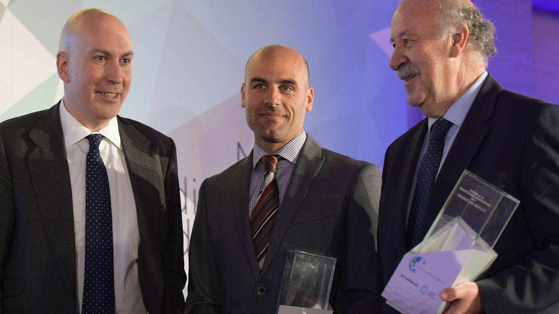 Nacho Cardero (El Confidencial), Mariano Silveyra (Cabify) y Vicente del Bosque.