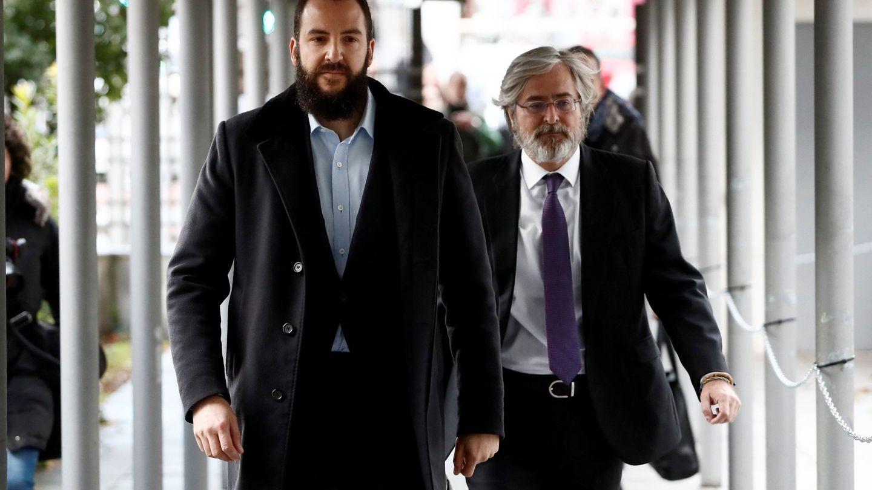 Borja Thyssen-Bornemisza, a su llegada este miércoles al Juzgado de lo Penal número 22, en Madrid. (EFE)