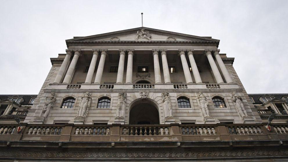 Los bancos británicos suspenden el pago de dividendos a instancias del BoE