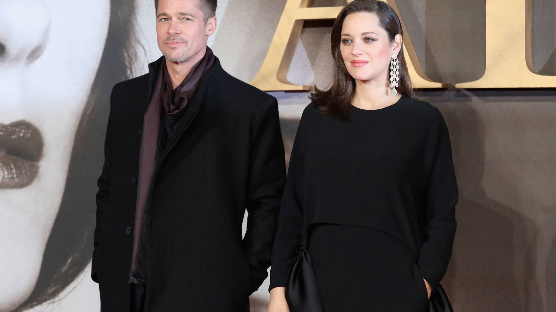 Brad Pitt y Marion Cotillard. (Getty)