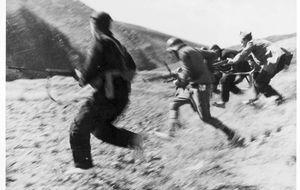 Un cronista de la farándula en las trincheras de la guerra civil
