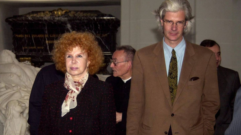 Jacobo junto a la duquesa en una imagen de archivo. (Gtres)