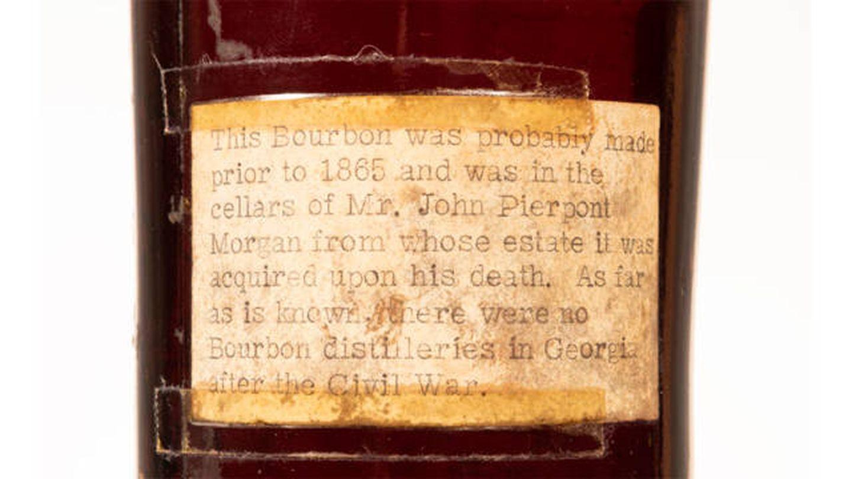 La etiqueta posterior del 'whisky' más antiguo del mundo. (Skinner)