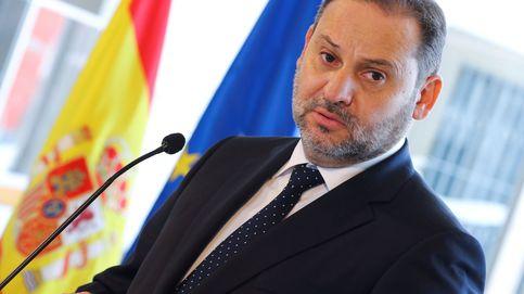 Ábalos rastreará millones de móviles hasta 2022 para analizar la actividad en España