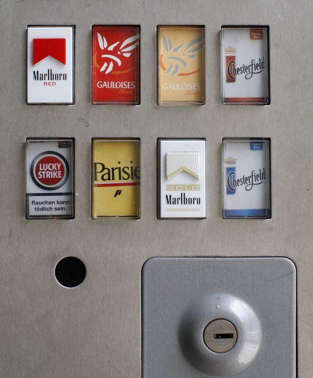 Foto: Máquina expendedora de tabaco en Viena. (Reuters)