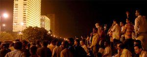 Dos empresarios españoles continúan retenidos en el hotel Oberoi de Bombay