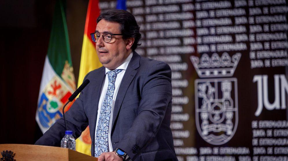 Foto: El vicepresidente segundo y consejero de Sanidad y Servicios Sociales de la Junta de Extremadura, José María Vergeles. (EFE)