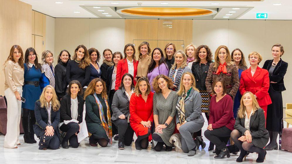 Foto: Foto de familia de 'Women in a Legal World'