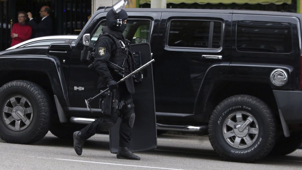 Un grupo de geos patrulla de incógnito las calles de Madrid para abatir yihadistas