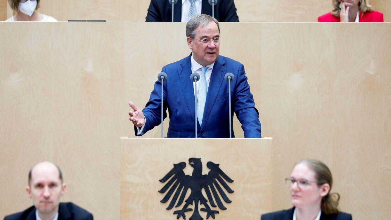 La 'retirada de Schrödinger' de Laschet aviva el caos entre los conservadores alemanes