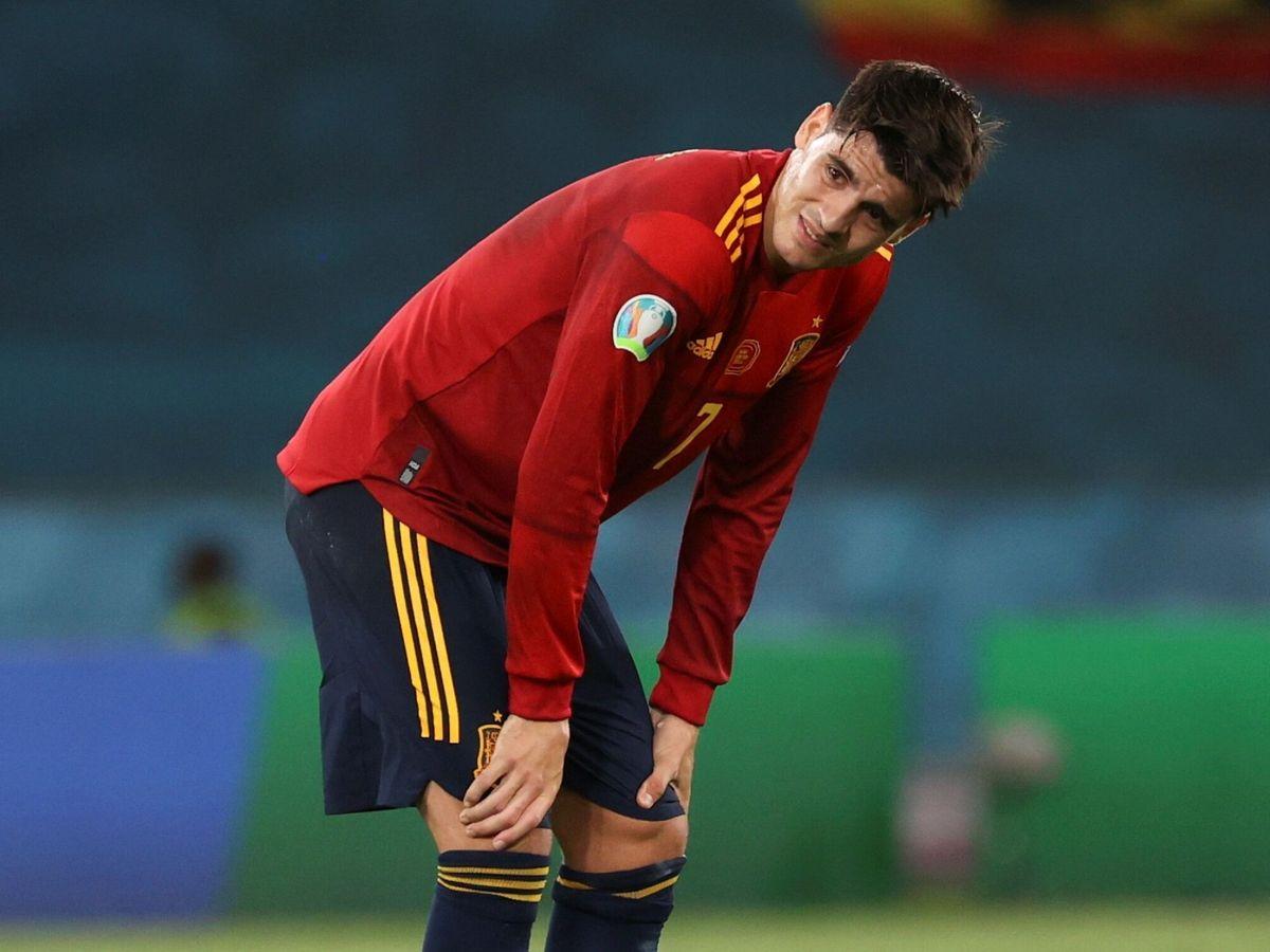 Foto: Morata, con gesto de preocupación, en un partido de España. (Efe)