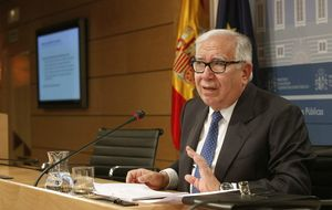 Piden subir IVA reducido al 21% salvo vivienda, turismo y transporte