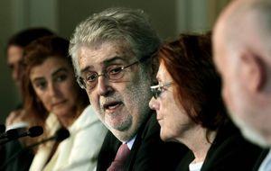 Lara declara la guerra a Abelló con acusaciones de fraude de ley