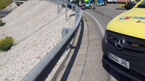Un vehículo se salta un control en Madrid y atropella a un guardia civil que está grave