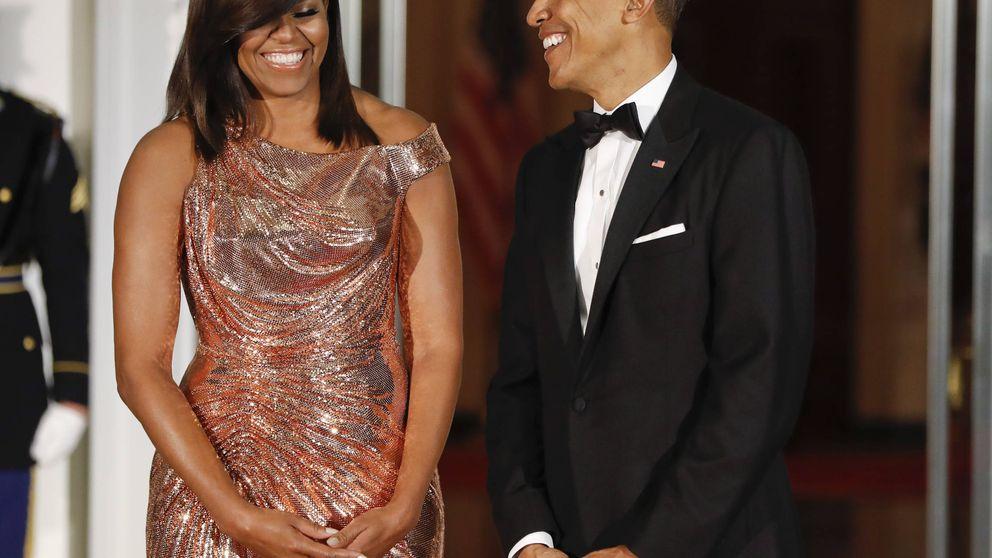 Michelle Obama deslumbra con un diseño de Versace de 12.000 dólares