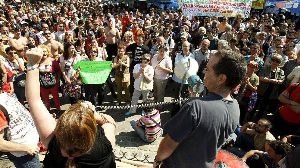 Foto: Protestas contra los políticos en Sol en 2011. (EFE)