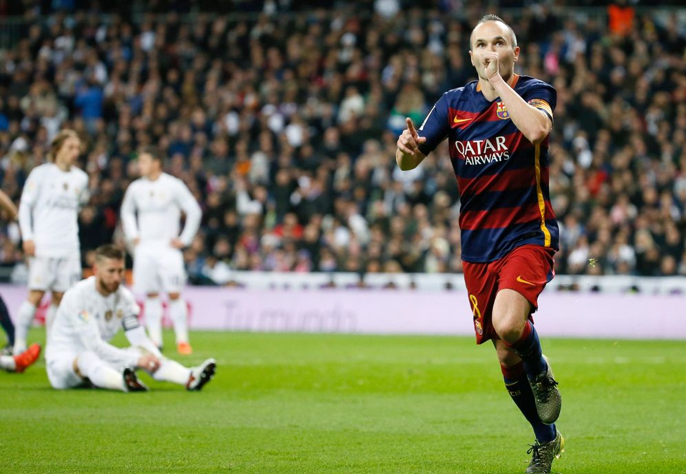 Foto: Iniesta celebra su gol en el Bernabéu. (EFE)