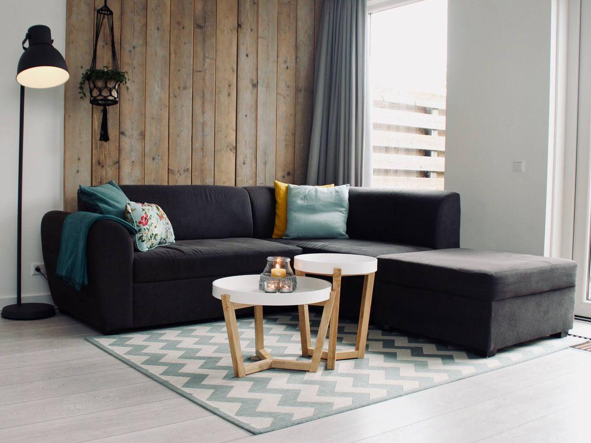 Foto: Mesas auxiliares para salones pequeños en Zara Home. (Sven Brandsma para Unsplash)