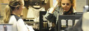 Naty Abascal, en busca de las últimas tendencias en joyas por la Milla de Oro de Madrid
