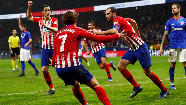 Godín, tras marcar el 3-2 al Athletic en el Metropolitano. (EFE)