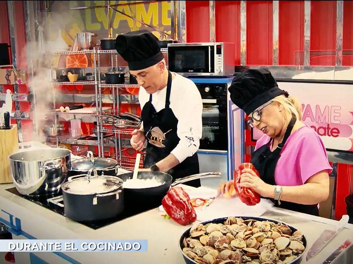 Foto: Kiko Hernández y Carmen Borrego, en 'La última cena'. (Mediaset)