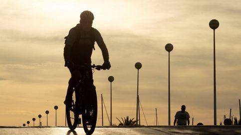 Dos ciclistas muertos y uno crítico tras ser embestidos por un coche en El Papiol (Barcelona)