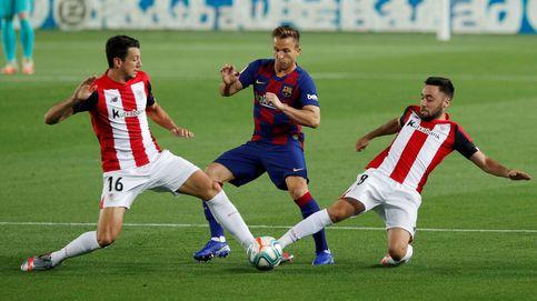 El Barça, en descomposición: trueque de Arthur por Pjanic para hacer caja
