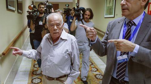 La oposición acosa a Naseiro y el PP llama cobardes al resto de partidos