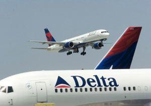 Las aerolM-CM--neas de EEUU registran de la mayor caM-CM--da de ingresos de su historia en 2009, peor que tras el 11-S