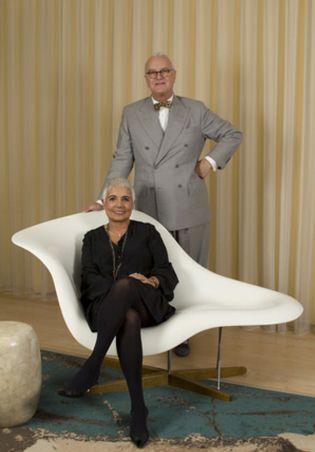 Foto: Manolo Blahnik y Tous convierten en joya el mítico zapato 'Campari'