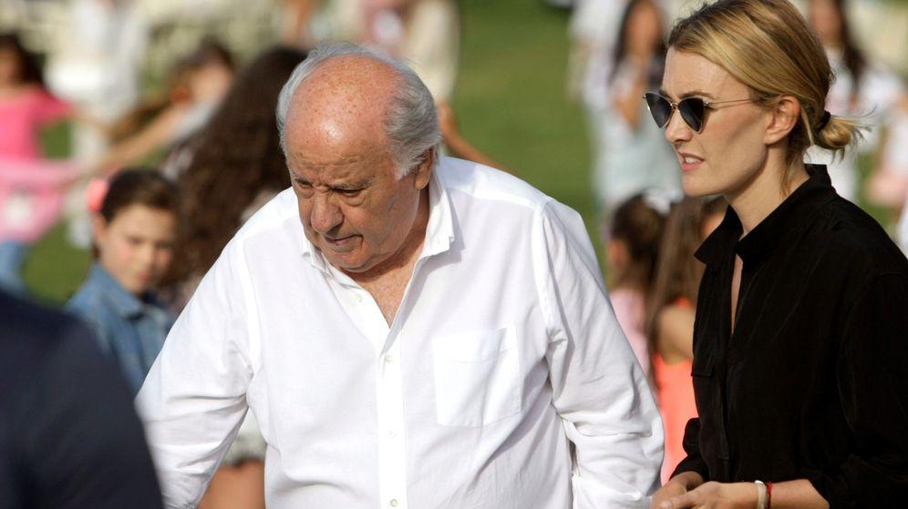 Foto: Amancio Ortega y su hija Marta en la trigésimo octava edición del Concurso Internacional de Saltos de Casas Novas. (EFE)